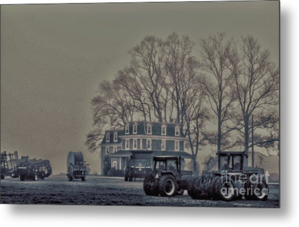 Farmhouse In Morning Fog Metal Print