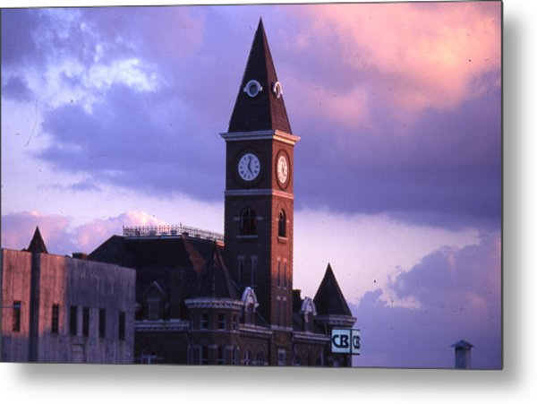 Fayetteville Courthouse Metal Print