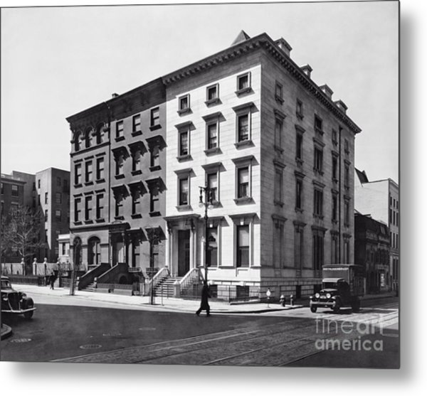 Fifth Avenue Nos 4 6 8 Metal Print by Lionel F Stevenson