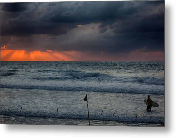 Final Light Metal Print