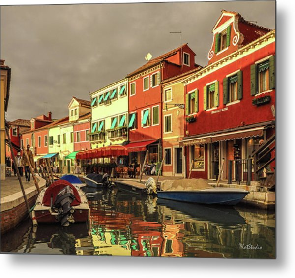 Fishing Boats In Colorful Burano Metal Print