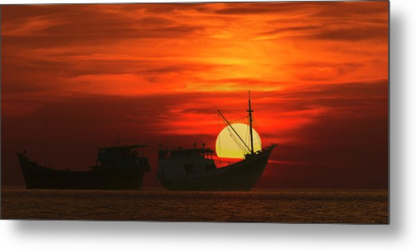 Metal Print featuring the photograph Fishing Boats In Sea by Pradeep Raja Prints