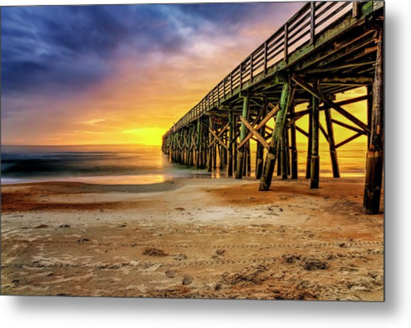 Flagler Beach Pier At Sunrise In Hdr Metal Print