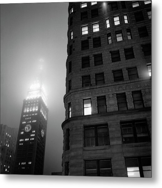 Metal Print featuring the photograph Flat Iron And Metropolitan Life Tower by Dave Beckerman