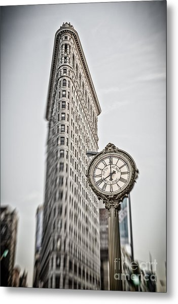 Metal Print featuring the photograph Flat Iron Building by Juergen Held