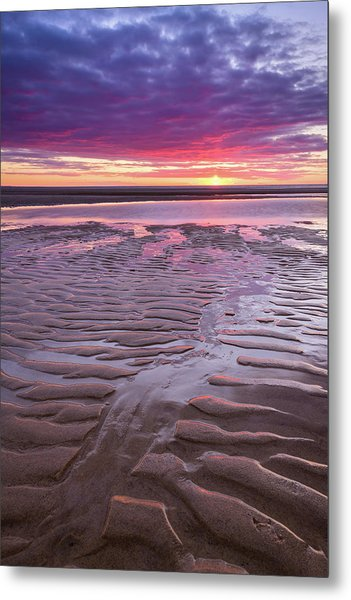 Folds In The Sand - Vertical Metal Print
