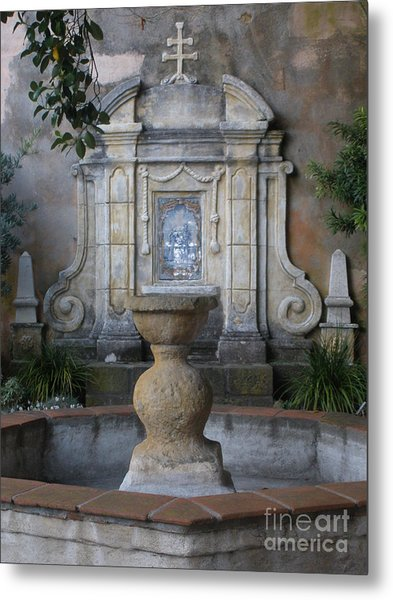 Fountain At Mission Carmel Metal Print