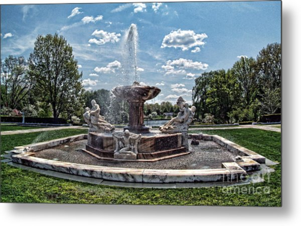Fountain - Cleveland Museum Of Art Metal Print