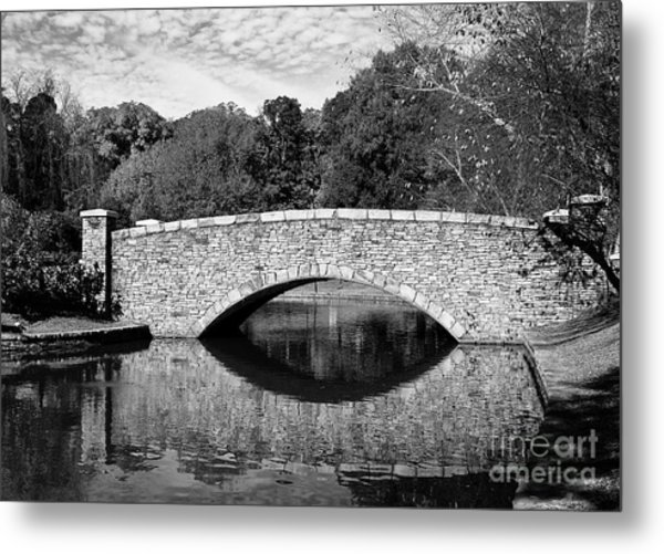 Freedom Park Bridge In Black And White Metal Print