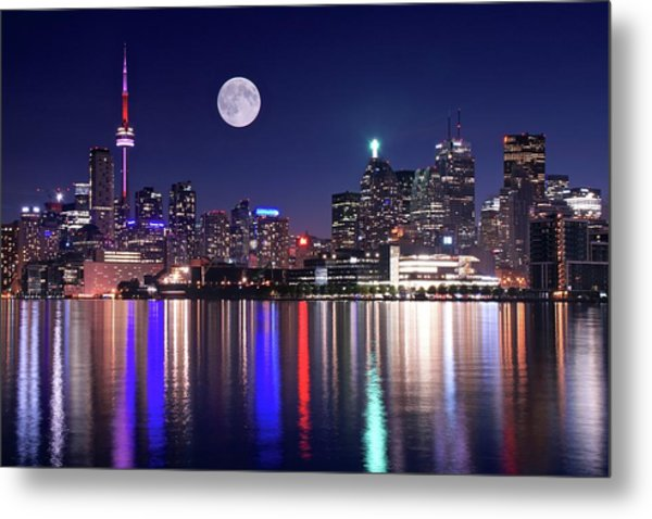 Full Moon In Toronto Metal Print