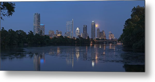 Full Moon Over Austin Metal Print