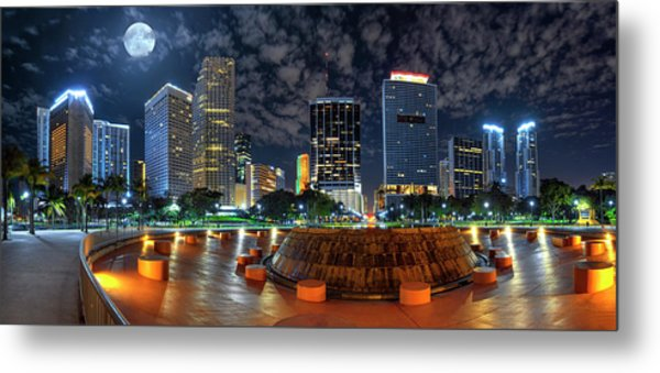 Full Moon Over Bayfront Park In Downtown Miami Metal Print