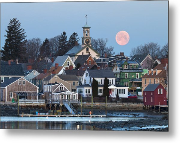 Full Moon Over Portsmouth Metal Print by Eric Gendron