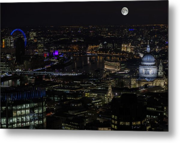 Full Color Moon Rising Over London Skyline  Metal Print