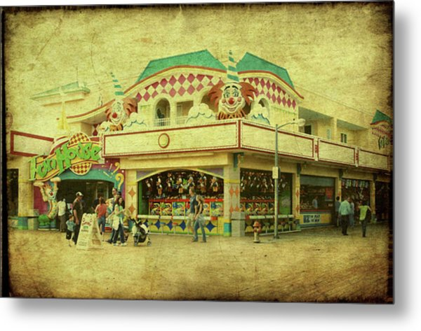 Fun House - Jersey Shore Metal Print