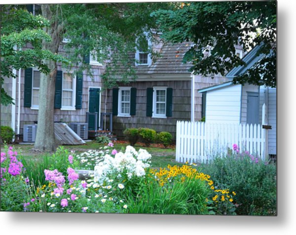 Gardens At The Burton-ingram House - Lewes Delaware Metal Print