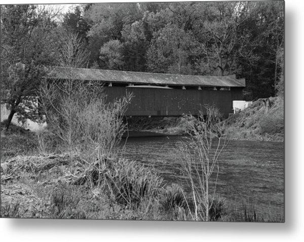 Geiger Covered Bridge B/w Metal Print
