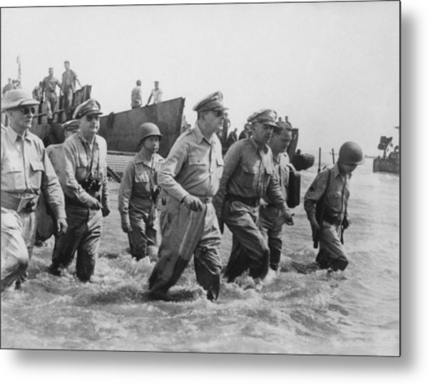 General Douglas Macarthur Returns Metal Print