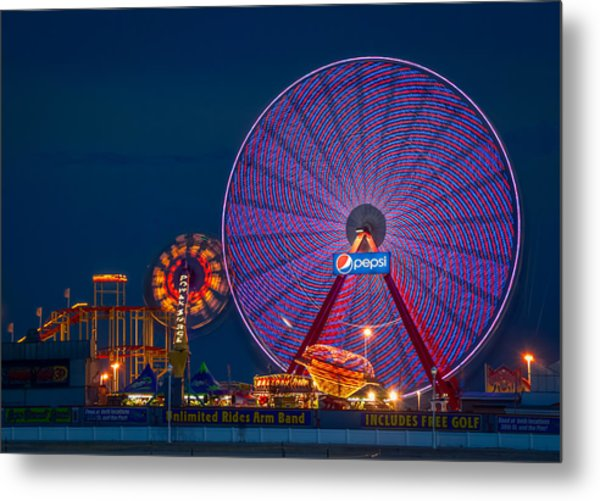 Giant Ferris Wheel Metal Print