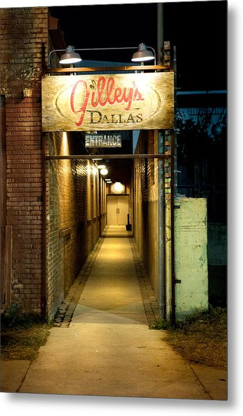Gilleys Of Dallas At Night Metal Print by Michelle Shockley