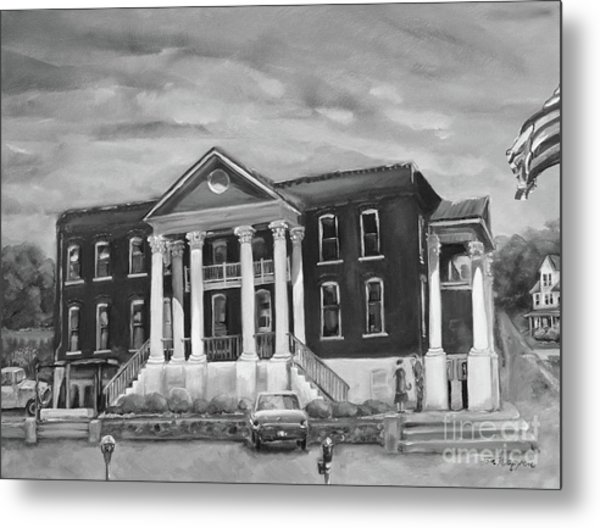 Gilmer County Old Courthouse - Black And White Metal Print
