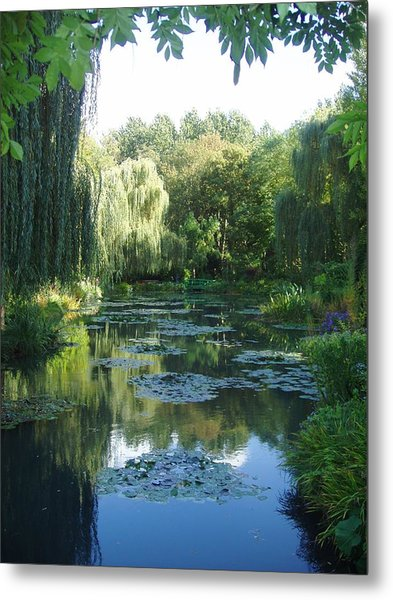 Giverny Vii Metal Print by Wendy Uvino