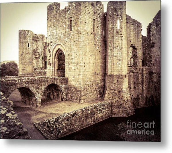 Glorious Raglan Castle Metal Print