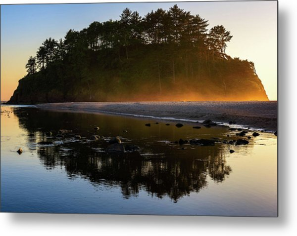 Golden Hour Haze At Proposal Rock Metal Print