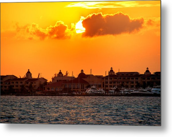 Golden Sky In Cancun Metal Print