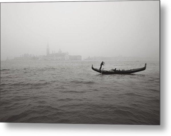 Gondola Nella Nebbia 193042x Metal Print