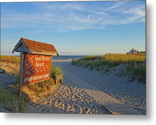 Good Harbor Sign At Sunset Metal Print