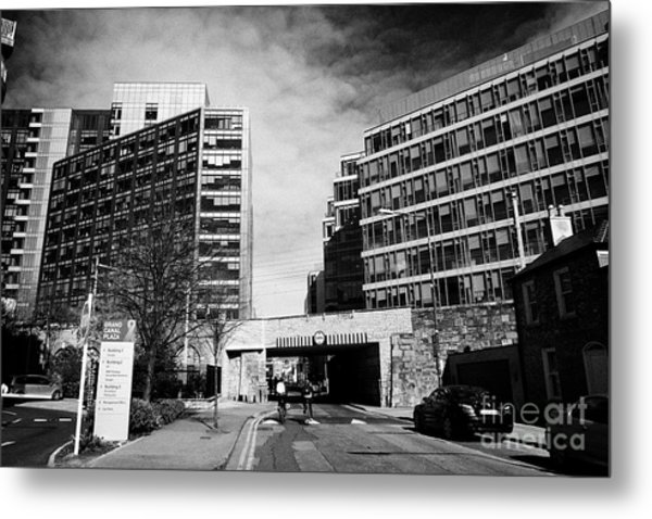 grand canal plaza with google docks montevetro and gasworks buildings Dublin Republic of Ireland Metal Print by Joe Fox