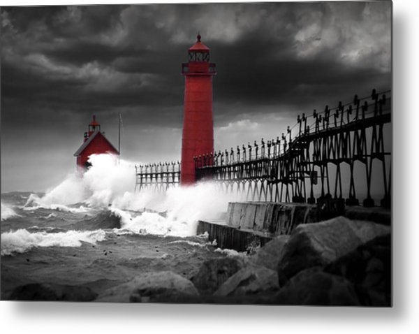 Grand Haven Lighthouse In A Rain Storm Metal Print