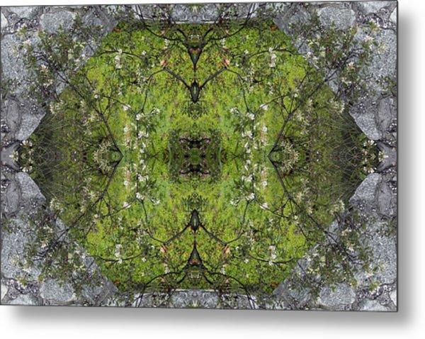 Green Mandala Metal Print by Viktor Savchenko