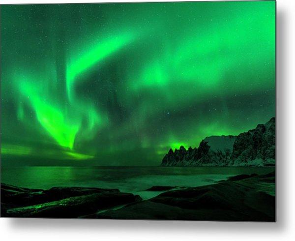 Green Skies At Night Metal Print