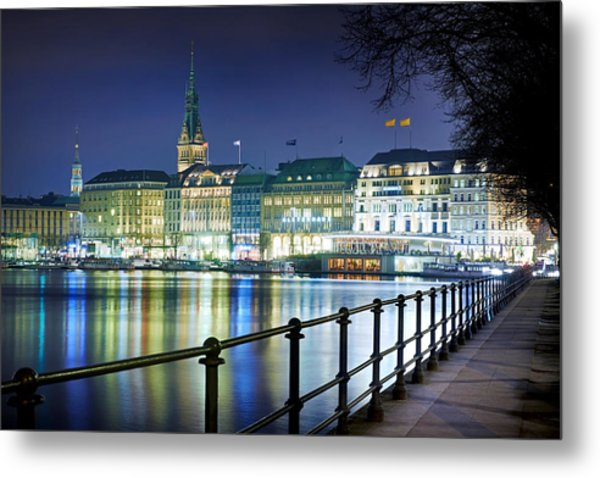 Metal Print featuring the photograph Hamburg At Night by Marc Huebner