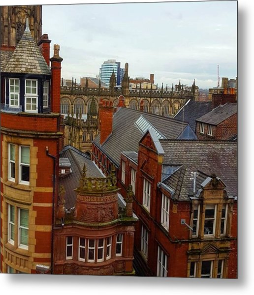 Hands Up Who Knows Which Uk City This Metal Print by Dante Harker