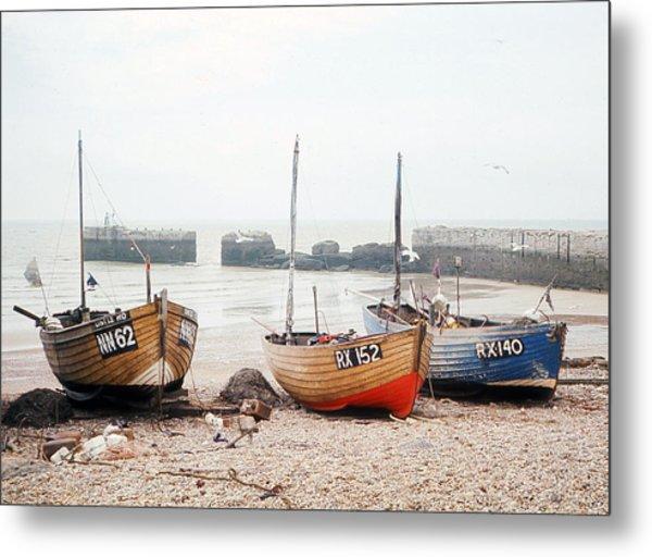 Hastings England Beached Fishing Boats Metal Print by Richard Singleton