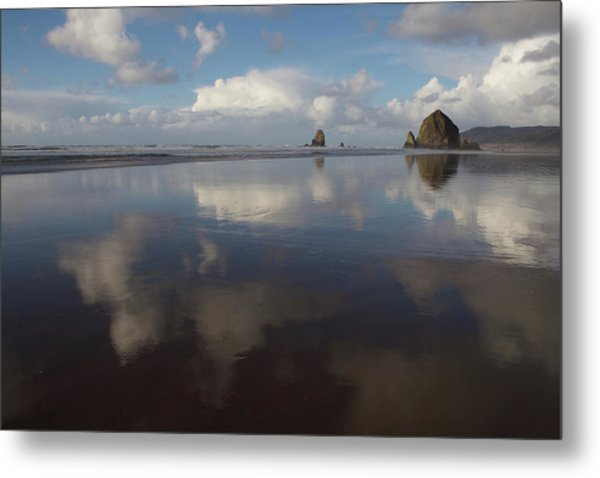 Metal Print featuring the photograph Haystack Needles Horizon Fc by Dylan Punke