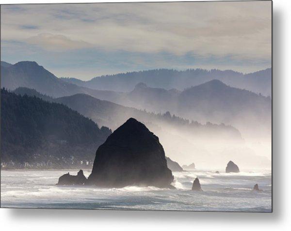 Haystack Rock On The Oregon Coast In Cannon Beach Metal Print