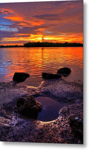 Heart Shaped Pool At Sunset Over Lake Worth Lagoon On Singer Island Florida Metal Print