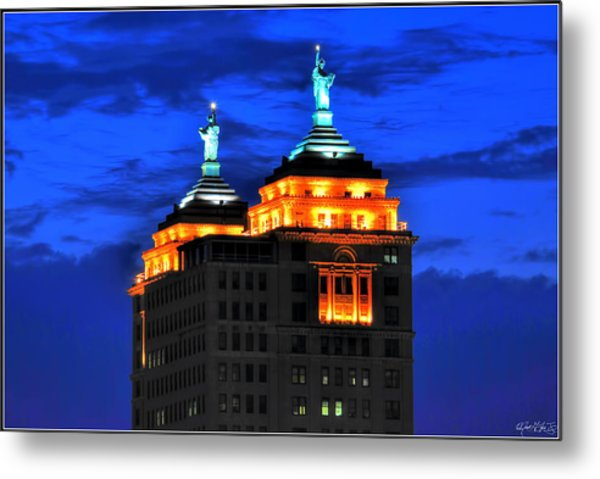 Hello Goodbye In Stormy Skies Atop The Liberty Building Metal Print