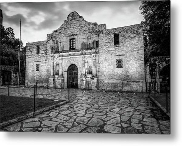 Historic Alamo Mission - San Antonio Texas - Black And White Metal Print by Gregory Ballos