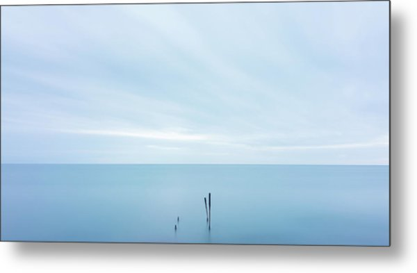 Metal Print featuring the photograph Horizon by Mirko Chessari