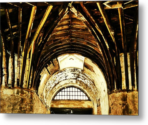 Hub-and-spoke Metal Print by JAMART Photography