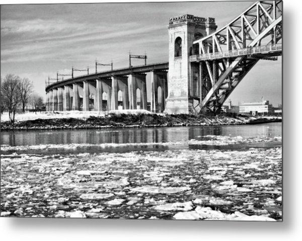 Ice Flows On The East River Metal Print