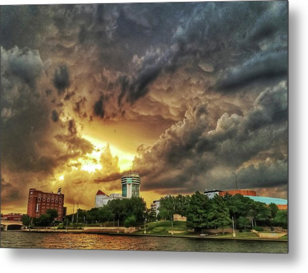 Ict Storm - From Smrt-phn L Metal Print