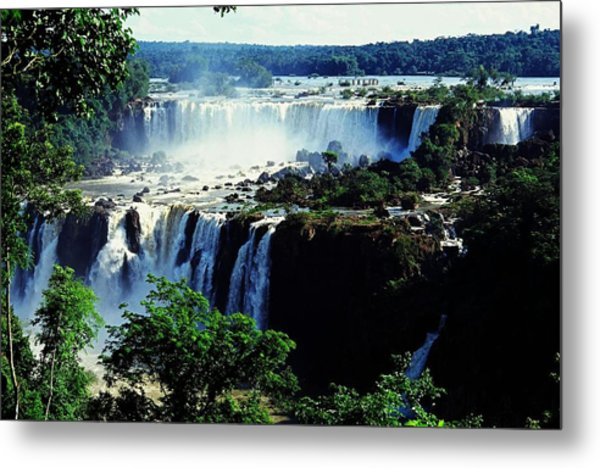 Iguacu Waterfalls Metal Print