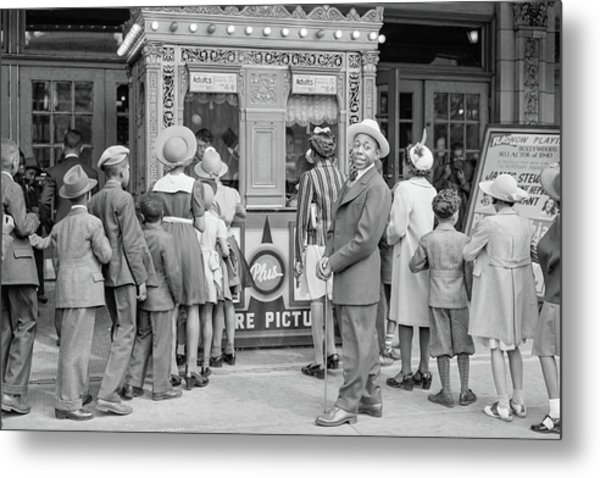 In Front Of A Movie Theater, Chicago, Illinois Metal Print