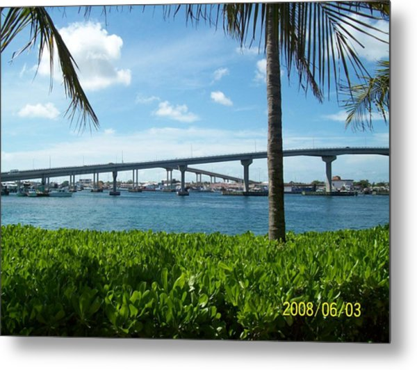 In The Bahamas Metal Print by Rishanna Finney